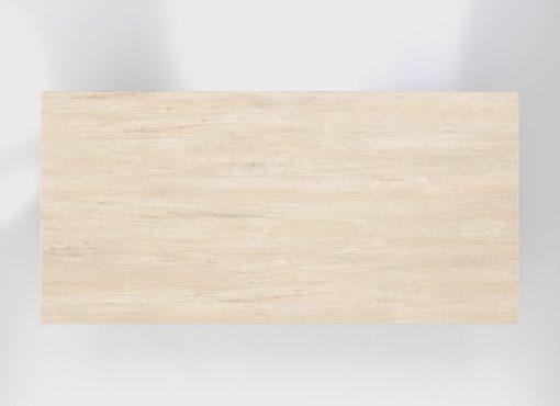 Stół minimalistyczny Basic FYRA ma blat wykonany z litego, specjalnie wyselekcjonowanego drewna dębowego. Tworzy on niepowtarzalny rysunek. Widoczne są także spękania. Blat jest bielony, dzięki temu biały kolor nie zakrywa naturalnego rysunku drewna, nie powstaje efekt okleiny.