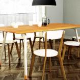 Stół do jadalni FINT z drewnianym blatem i metalowymi nogami wpisze się w wystrój każdego współczesnego wnętrza.