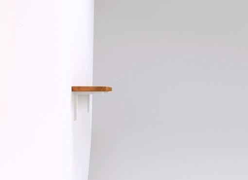 Półki BELL są praktycznym meblem do zastosowania w salonach, sypialniach, kuchniach, ale również przestrzeniach biurowych i sklepowych.