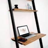 Biurko BELLO BLACK. Biurko jest tak zaprojektowane i wyważone że stoi stabilnie. Dzięki temu łatwo można je ustawić w dowolnym miejscu.
