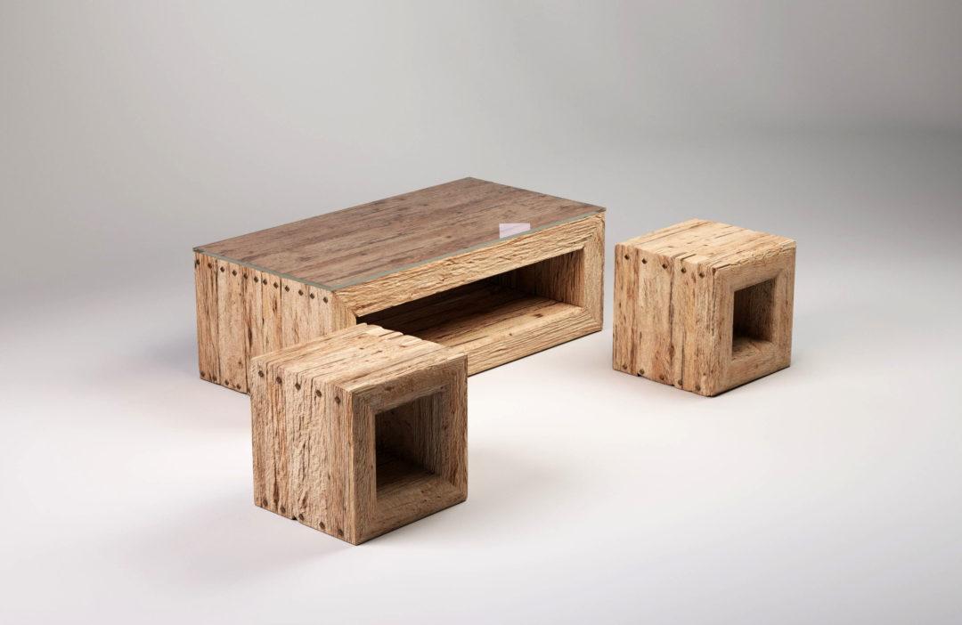 TRÄHUS to komplet drewnianych mebli do salonu, w którego skład wchodzą dwa taborety oraz stolik kawowy. Kolekcja Natur - nowoczesne stoliki kawowe i stoły.